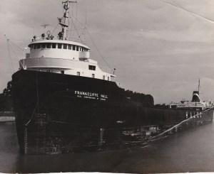 """Le """"Frankliffe Hall"""". Autrefois, on remettait aux marins une photo de """"leur"""" bateau (coll. Jacques Bouillé)."""