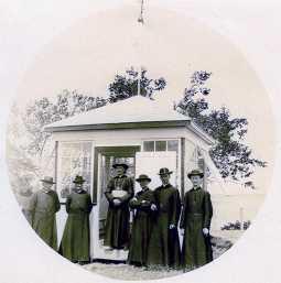 Visite de Mgr Bégin en 1918 (source: Centre d'archives régional de Portneuf).