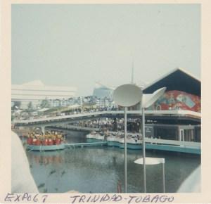 Le pavillon de Trinidad et Tobago.