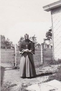 Religieuse au couvent de Deschambault, dans les années 40.