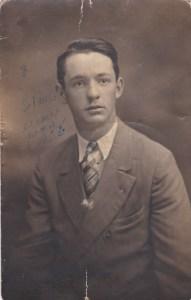 Mon père, Julien, à 21 ans.