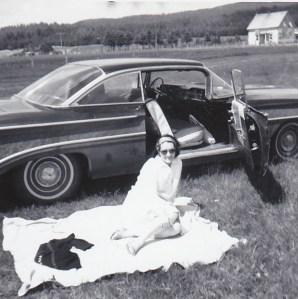 Moi et la Oldsmobile 1960 dans la vallée de la Matapédia.