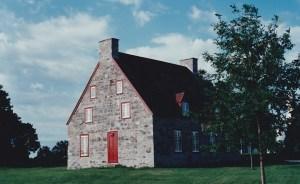 Le Vieux Presbytère de Deschambault (construit en 1816), du temps des soirées Bonne Chanson...