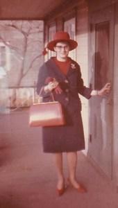 Pâques 1963, un nouveau chapeau!