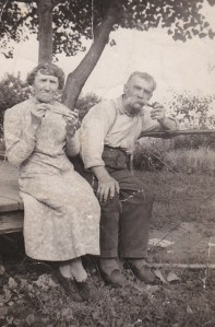 Mes grands-parents, Blanche et Tom (coll. privée Madeleine Genest Bouillé).