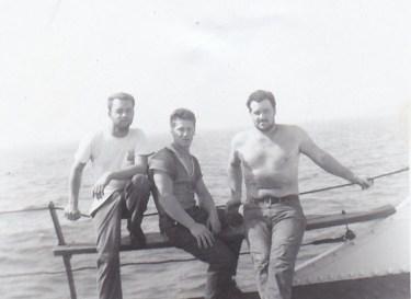 Mon mari, Jacques, au milieu (photo: coll. Madeleine Genest Bouillé)