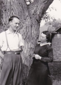 Jeanne et Julien en 1956 (coll. Madeleine Genest Bouillé).