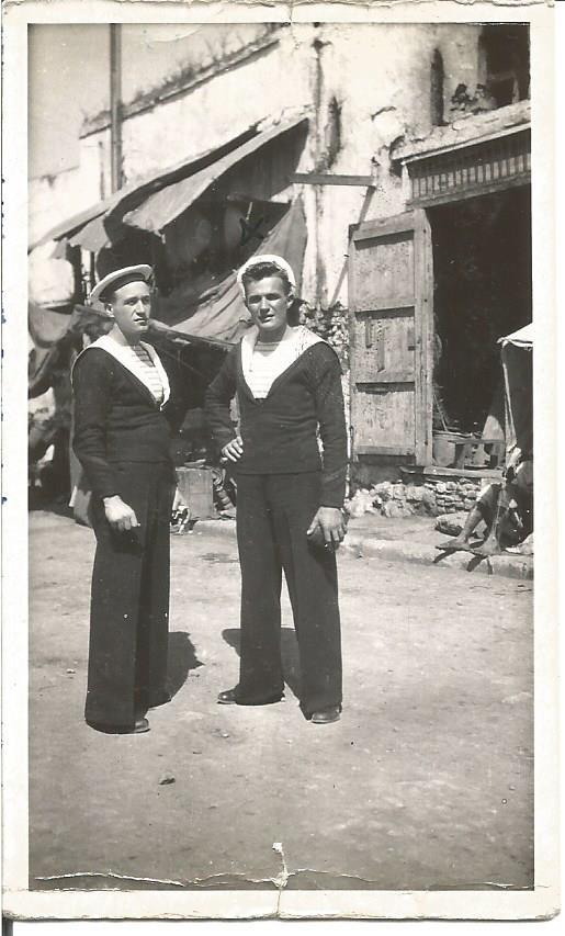 deux matelots, inconnus, 1948... (coll. privée Madeleine Genest Bouillé).