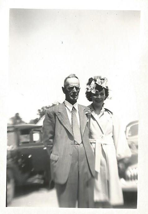 Louis-Philippe Proulx et son épouse, Marie-Louise, 1947 (coll. privée Madeleine Genest Bouillé).