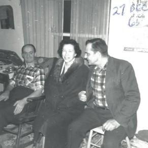 Papa, tante Alice et oncle Léo en 1965 (coll. privée Madeleine Genest Bouillé).