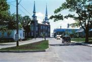 Travaux dans la rue de l'Église en 1988.